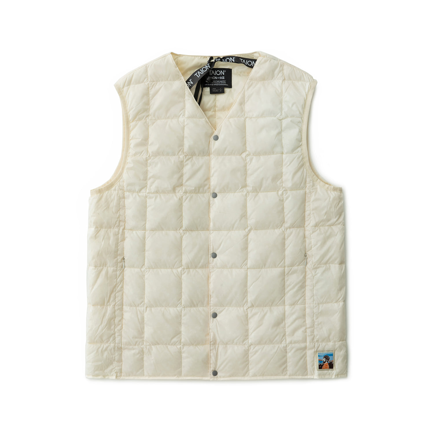 TAION X ANOTHER OFFICE PACKABLE DOWN VEST (OAT MILK)