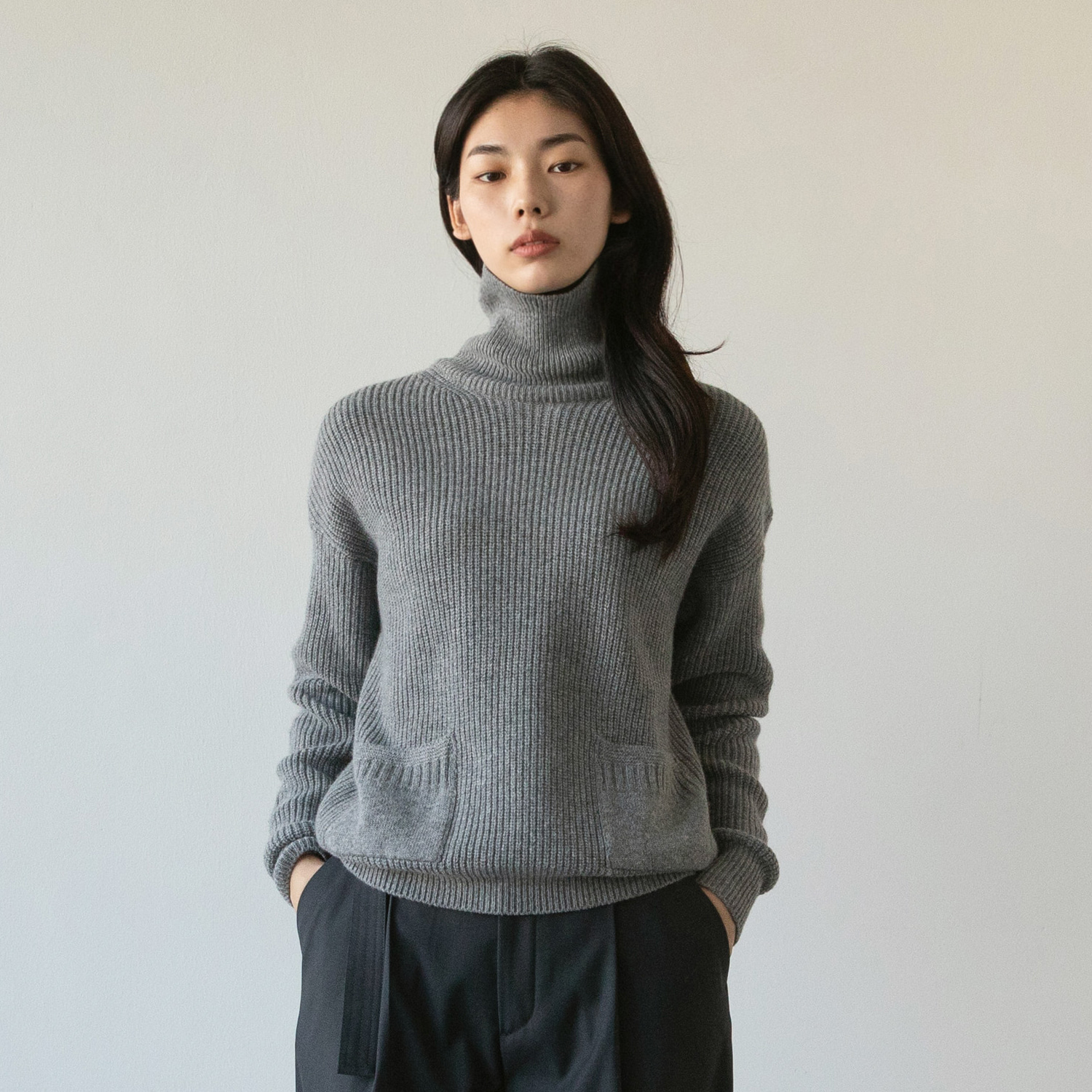 Women Ample Cashmere Turtleneck (Heather Gray)
