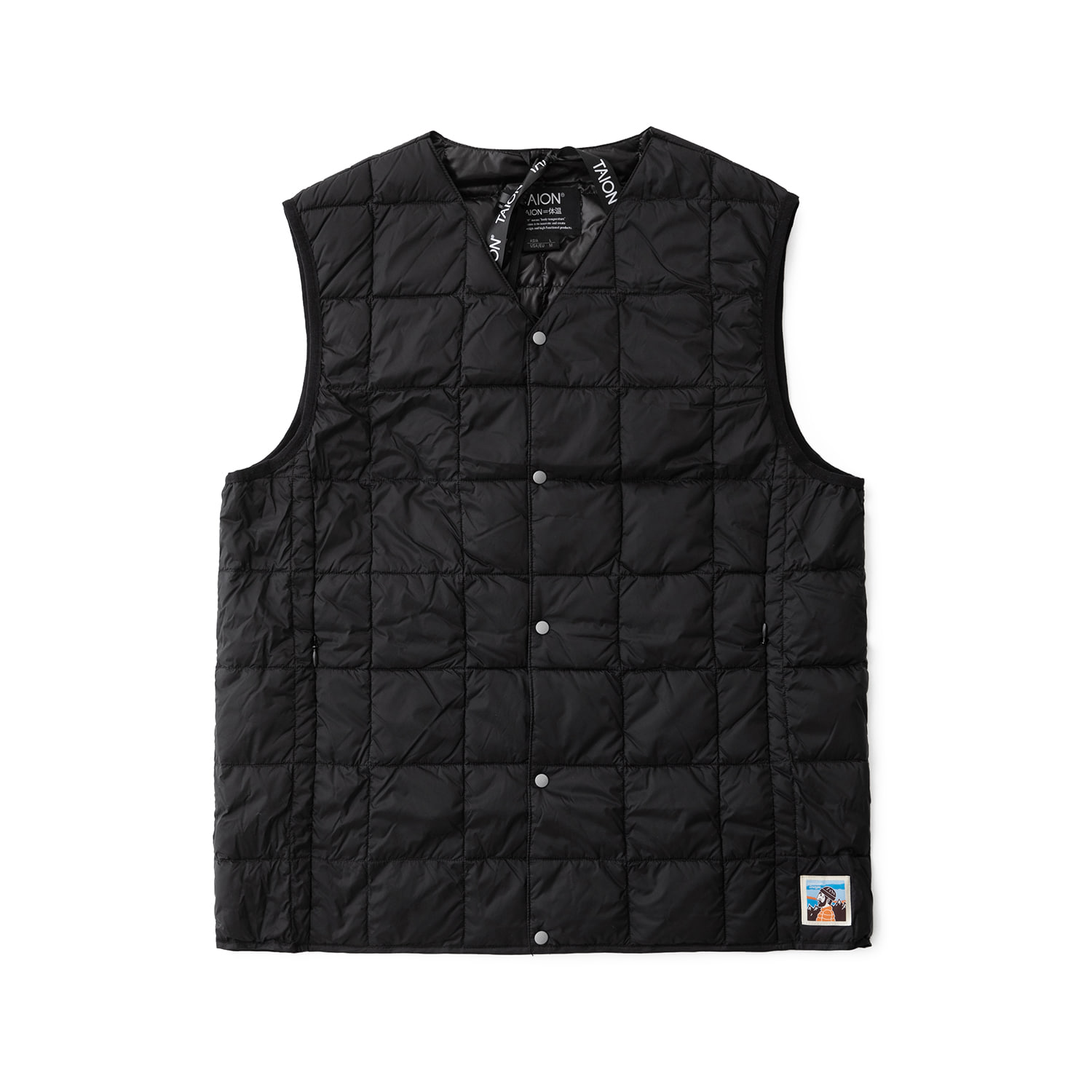 TAION X ANOTHER OFFICE PACKABLE DOWN VEST (BLACK)