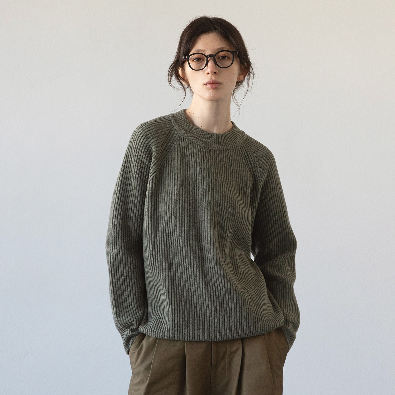 Women Fisherman Pullover (Olive Branch)